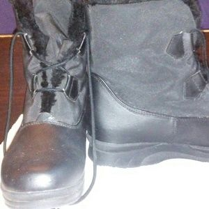 Totes All Weather Cathy Boot Size 7M